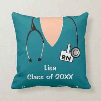 Sjuksköterskastudenten skurar den bästa krickan kudde