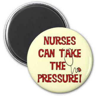 Sjuksköterskor kan ta pressa magnet rund 5.7 cm
