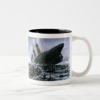 Sjunka Titanic RMS Två-Tonad Mugg