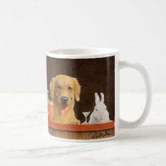 Ska Bullas rånar/hare av hunden och en ung blon Kaffemugg