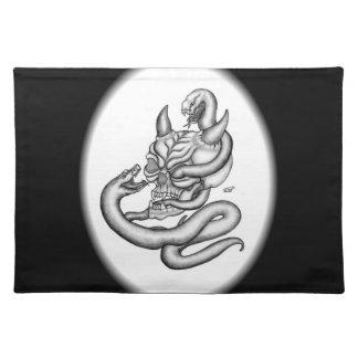 Skalle - djävulenhuvud med ormen bordstablett