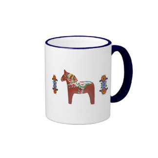 SkandinavDala häst med Rosemaling Ringer Mugg