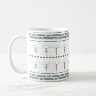 Skandinavdröm vid skjortan som ska planläggas kaffemugg