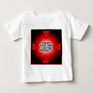 Skapa ditt egna anpassningsbar, personlig och tee shirt