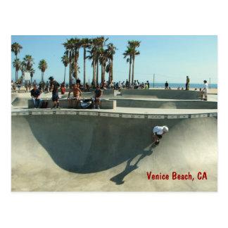 Skateboarding vykort för Venedig strand!