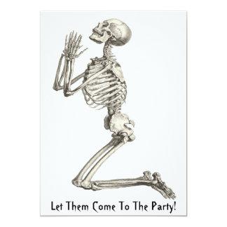 Skelett- be Halloween inbjudan