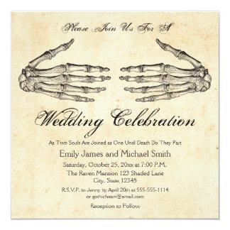 Skelett räcker gotisk bröllopinbjudan fyrkantigt 13,3 cm inbjudningskort