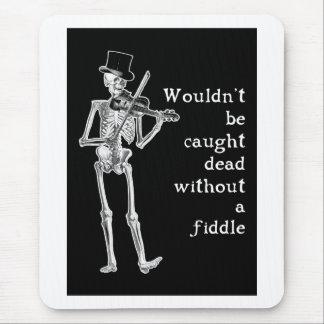Skelett som leker lurendrejerit, är inte fångat musmatta