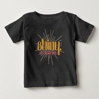 Skina. Låt oss vara skurkar - babyskjorta Tshirts