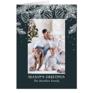Skissat helgdagkort för vinter skog - jul hälsningskort