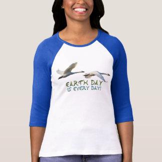 Skjorta för dag för jord för djurliv för t shirts