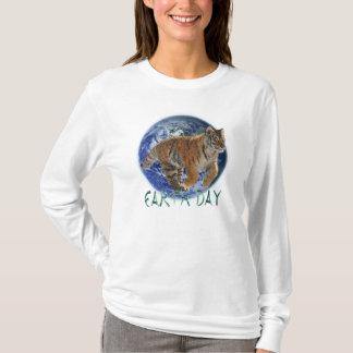 Skjorta för djurliv för dag för jord för för Amur T-shirts