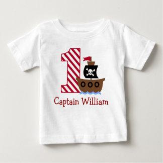 Skjorta för födelsedag för anpassadepirat första tshirts