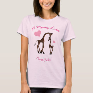 Skjorta för kärlek T för damgiraffmammor T-shirts