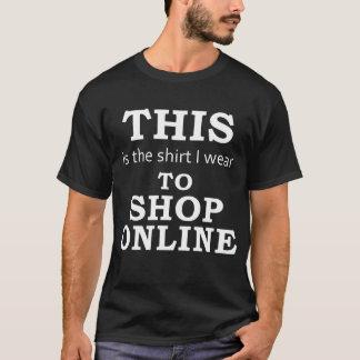 Skjortan som jag ha på sig för att shoppa tröjor