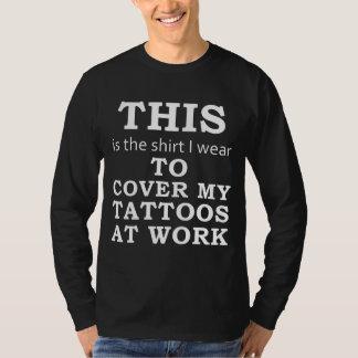 Skjortan som jag ha på sig för att täcka min t-shirts