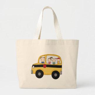 Skolbuss med ungeT-tröja och gåvor Jumbo Tygkasse