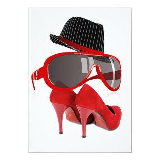 Skor den röda hatten för kalla modedamer & 12,7 x 17,8 cm inbjudningskort