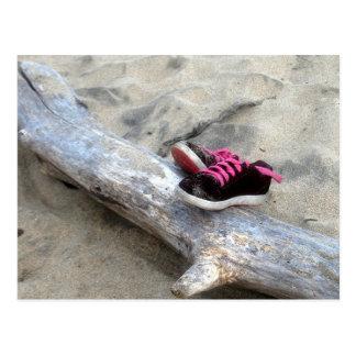 Skor på stranden vykort