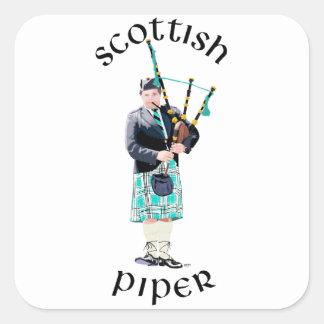 Skotsk pipblåsare - turkospläd fyrkantigt klistermärke