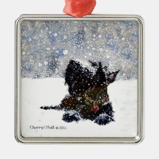 Skotsk Terrier i fallande snö Julgransprydnad Metall