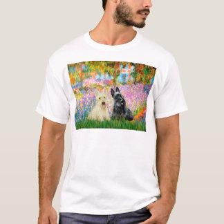 Skotsk Terrier (två BW) - trädgård Tshirts