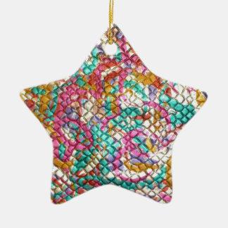 Skräddarsy gröna rosor för gnistrajuvelSequins Stjärnformad Julgransprydnad I Keramik