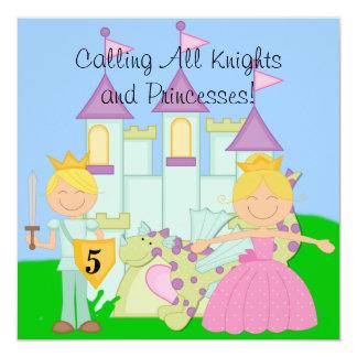 Skräddarsy kungliga födelsedagfirandeinbjudningar fyrkantigt 13,3 cm inbjudningskort
