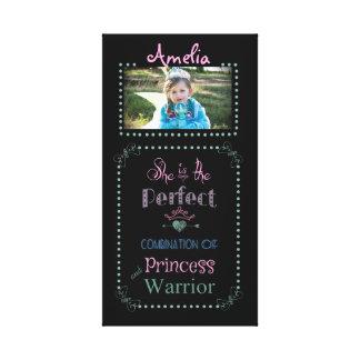 Skräddarsy princess-/krigarekanfassjal canvastryck