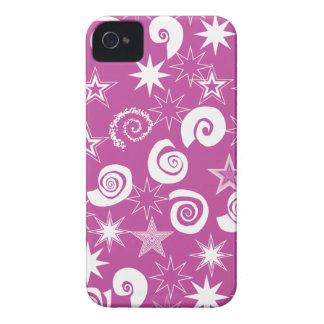 Skraj magentafärgade stjärnor och virvlar runt rol Case-Mate iPhone 4 case