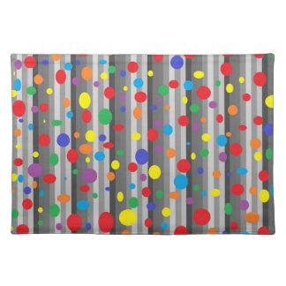 Skuggar av grå färg med regnbågepolka bordstablett