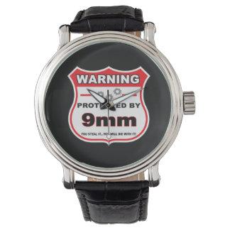 skyddat av 9mm skydda armbandsur