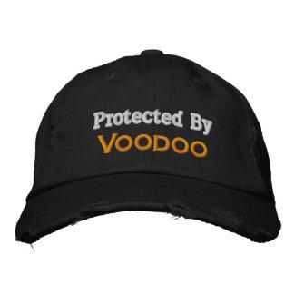 Skyddat av Voodoo Broderad Keps