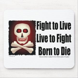 Slagsmål som direkt bor för att slåss fött för att musmatta