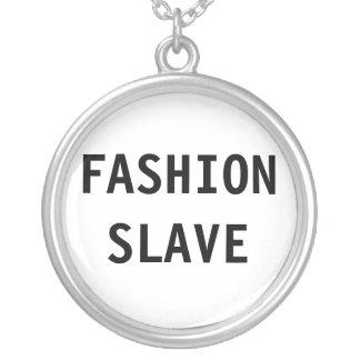 Slav- halsbandmode halsband med rund hängsmycke