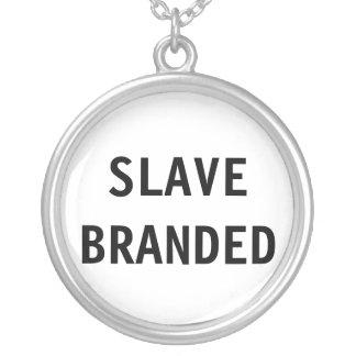 Slav- märkt för halsband