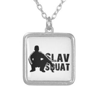Slav satt silverpläterat halsband