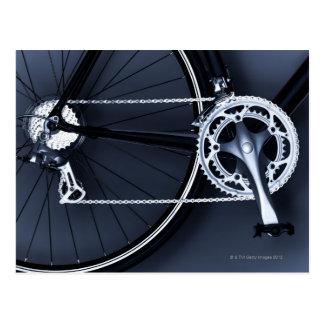 Slutet av cykeln kedjar, trampar och utrustar upp vykort