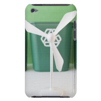 Slutet av modellerar upp av vindturbinen och sopor iPod Case-Mate fodraler