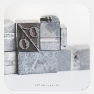 Slutet av utskrift av kvarter med procentsats fyrkantigt klistermärke