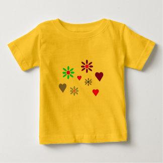 Småbarnblomma & hjärtaT-tröja T Shirt