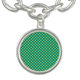 Smaragdgrönt med gul polka dots vid STaylor Berlockarmband