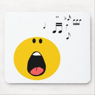 Smiley som lite sjunger hans hjärta ut musmattor