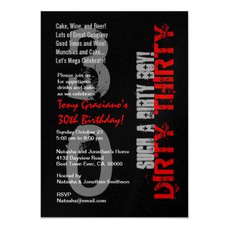Smutsa ner en svart röd sådan pojke för smutsa ner 12,7 x 17,8 cm inbjudningskort
