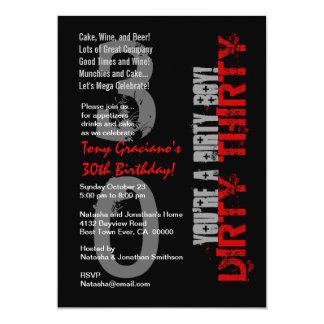 Smutsa ner trettio röd födelsedag svart vit 12,7 x 17,8 cm inbjudningskort