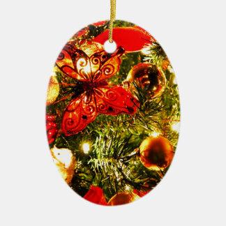 Smyckar det glada helgdagträd för jul firande ovalformad julgransprydnad i keramik