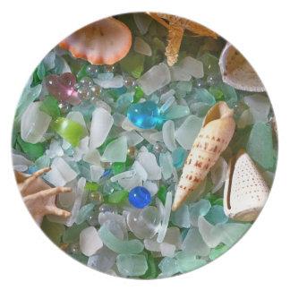 Snäckor och strandexponeringsglas tallrik