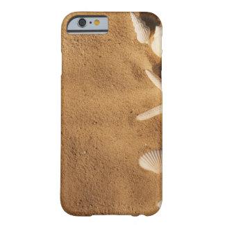 Snäckor på sanden barely there iPhone 6 skal