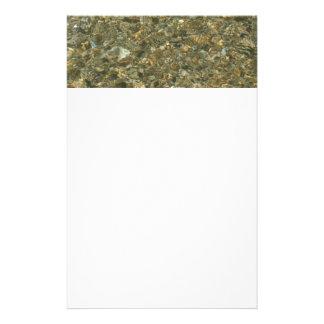 Snäckor under fotoet för natur för brevpapper