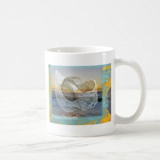 Snäckskal & surfa - uddtorsk Massachusetts Kaffemugg